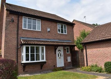Thumbnail 4 bed detached house for sale in Somerset Close, Hungerford