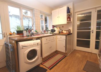Thumbnail 1 bed flat to rent in Cleveland Road, Brighton