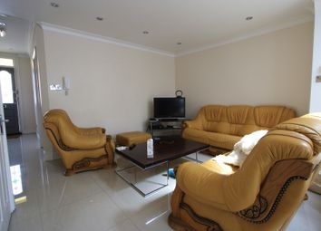 5 bed terraced house to rent in Gravney Rd, Tooting SW17