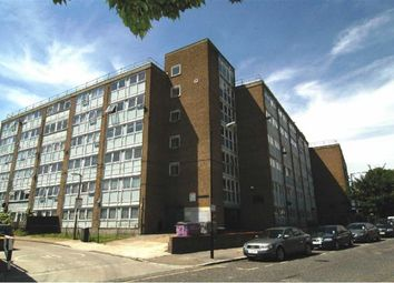 Thumbnail 4 bed flat to rent in Morpeth Street, Bethnal Green, London