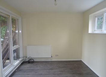 Thumbnail Studio to rent in Farley Lodge, Ruthin Close, Luton