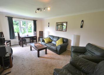 Thumbnail 2 bed flat to rent in Central Road, Morden