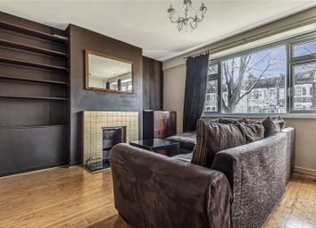Legat Court, Warwick Gardens, London N4. 2 bed flat