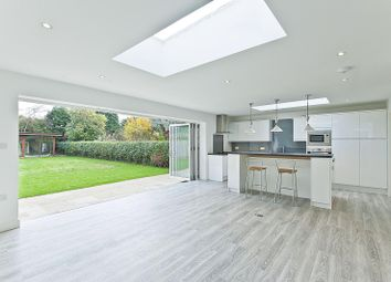 Thumbnail 5 bed detached house to rent in Beech Close, Walton On Thames, Surrey