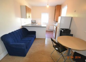 Thumbnail Room to rent in 89 Roseberry Gardens, London