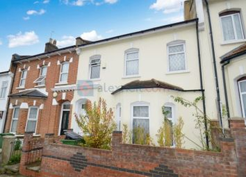 Thumbnail 5 bed town house to rent in Elmdene Road, London