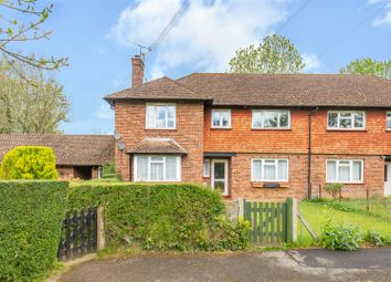 Thumbnail 2 bedroom maisonette for sale in Ridlands Rise, Oxted