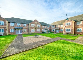 Halstead Road, Colchester CO3. 2 bed flat for sale