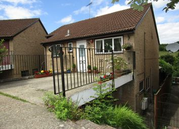 Thumbnail 6 bed detached house for sale in Derwent Close, Horndean, Waterlooville