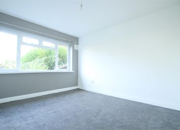 2 bed maisonette to rent in Welland Gardens, Western Avenue, Perivale, Greenford UB6