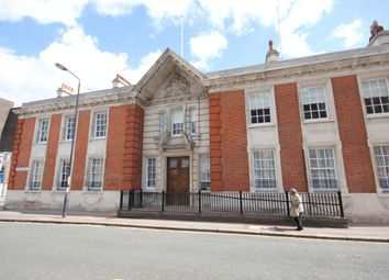 Thumbnail 3 bedroom flat to rent in Bathway, Woolwich, London