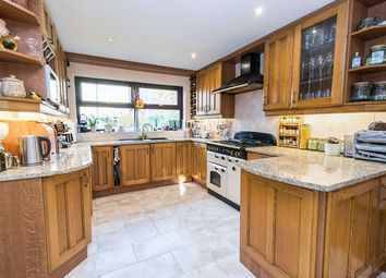 Thumbnail 5 bed detached house for sale in Fennel Close, Chineham, Basingstoke
