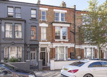 2 bed flat for sale in Glengall Road, London NW6