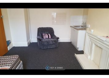 Thumbnail Room to rent in Babbacombe Road, Torquay