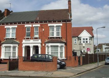 Thumbnail 2 bedroom flat to rent in Balfour Road, Ilford, Essex.
