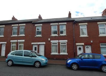 Thumbnail 3 bedroom flat to rent in Commercial Road, Byker