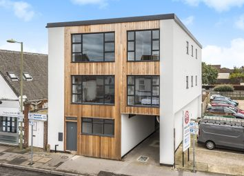 Thumbnail 1 bed flat for sale in Queens Road, Hampshire