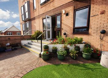 Station Road, New Milton BH25. 1 bed flat for sale