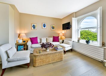 Fulham Road, Chelsea Walk, Chelsea SW10. 1 bed flat for sale