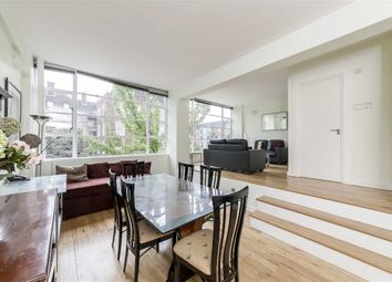 Thumbnail 2 bed flat to rent in Penfold Street, London