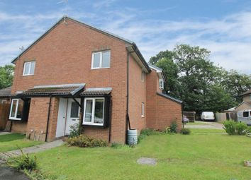 Thumbnail 1 bed terraced house for sale in Oakfields, Worth, Crawley
