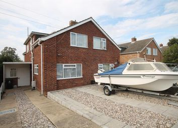 2 bed property for sale in Slade Road, Holland-On-Sea, Clacton-On-Sea CO15