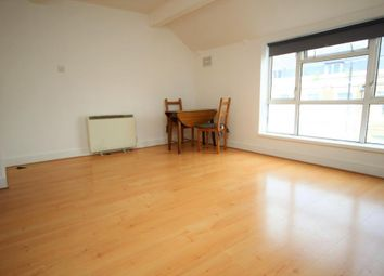 Thumbnail 1 bed property to rent in Bethnal Green Road, Shoreditch