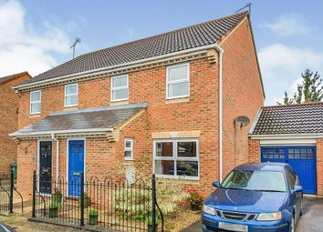 3 bed semi-detached house for sale in Sandhill Way, Fairford Leys, Aylesbury HP19