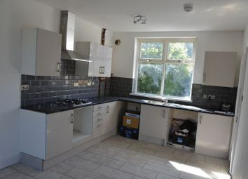 3 bed property to rent in Bristnall Hall Road, Oldbury B68