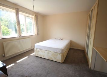 Thumbnail Room to rent in Rectory Lane, Bracknell