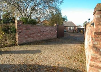 Thumbnail 2 bed cottage for sale in Puddington Lane, Puddington, Neston, Cheshire