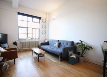 Thumbnail 1 bedroom flat to rent in Shepperton Road, London
