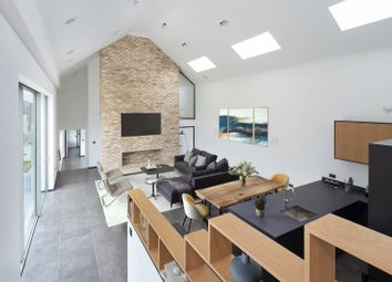 Cumnor Hill, Oxford OX2. 6 bed detached house