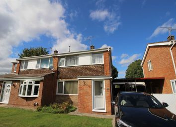 3 bed semi-detached house to rent in Gantlettdene, Swindon SN3