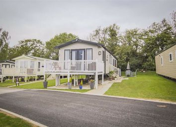 2 bed mobile/park home for sale in Paythorne, Clitheroe, Lancashire BB7