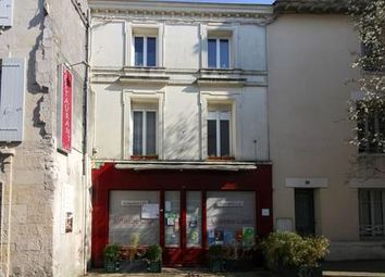 Thumbnail Pub/bar for sale in Pons, Charente-Maritime, France
