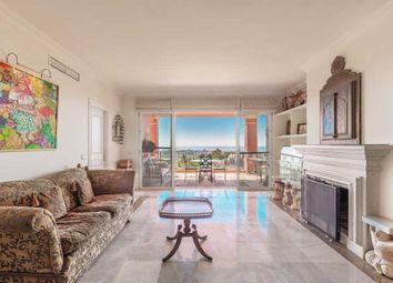 Thumbnail Apartment for sale in Benahavis, Costa Del Sol, Andalusia, Spain