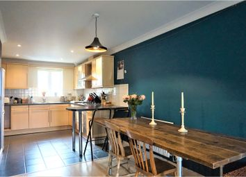 Thumbnail 2 bed flat for sale in Lumley Road, Horley