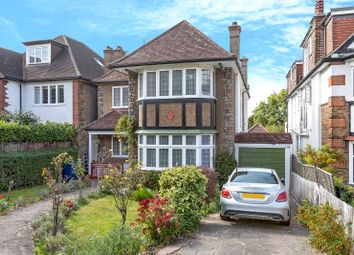 Finchley Road, London NW11. 6 bed detached house