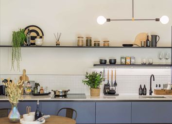 Thumbnail 3 bed flat for sale in Balham High Road, London