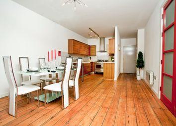 Thumbnail 3 bed flat to rent in Barck Church Lane, Liverpool Street