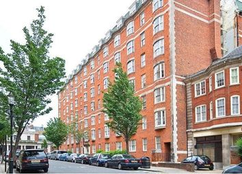 Thumbnail 3 bed flat to rent in Queensway, London
