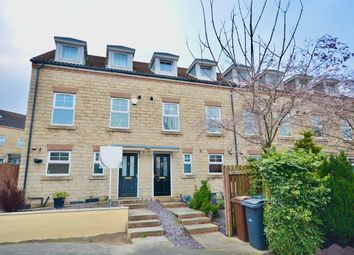 3 bed town house for sale in Maple Close, Kendray, Barnsley S70