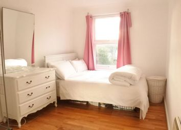Thumbnail 1 bed flat to rent in Beverley Mews, London