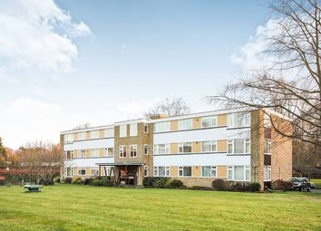 Thumbnail 3 bed flat to rent in The Avenue, Epsom, Surrey