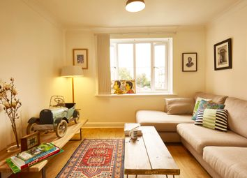 Thumbnail Flat for sale in Goddard Place, London