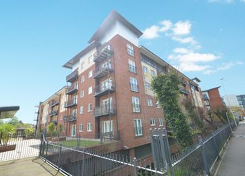 Thumbnail 3 bed flat for sale in New North Road, Exeter