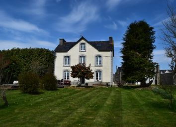 Thumbnail Hotel/guest house for sale in 29530 Plonévez-Du-Faou, Finistère, Brittany, France