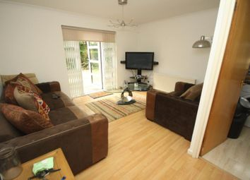 Thumbnail 1 bed flat to rent in Halley Garden, Lewisham