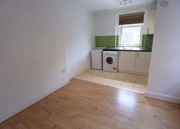 3 bed flat to rent in Willesden Lane, Kilburn NW6